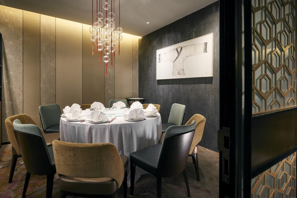 Small Dining Room Decor Modern